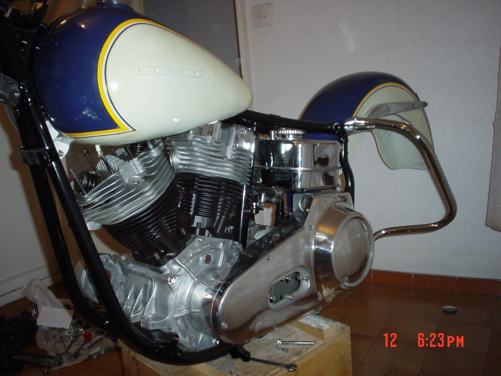 HD FLH Electra-Glide de 1968