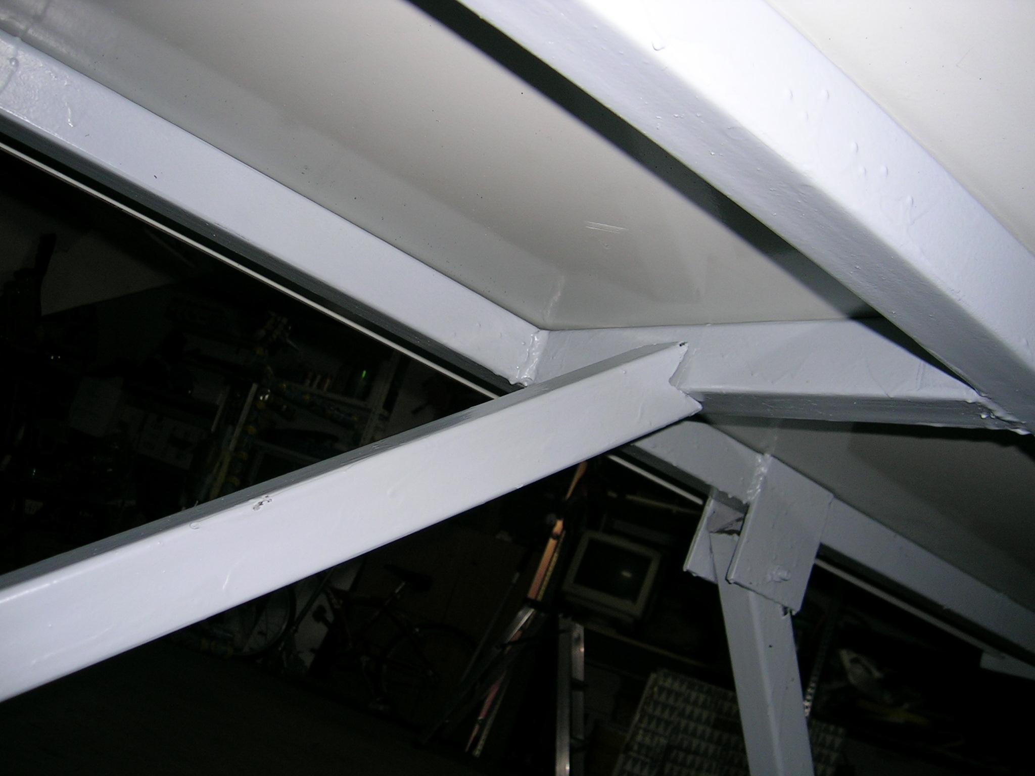 Barra de seguridad (parte superior)