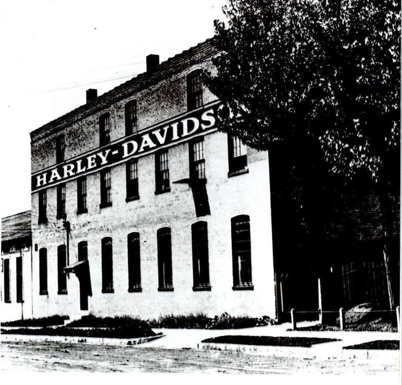La fábrica en 1911