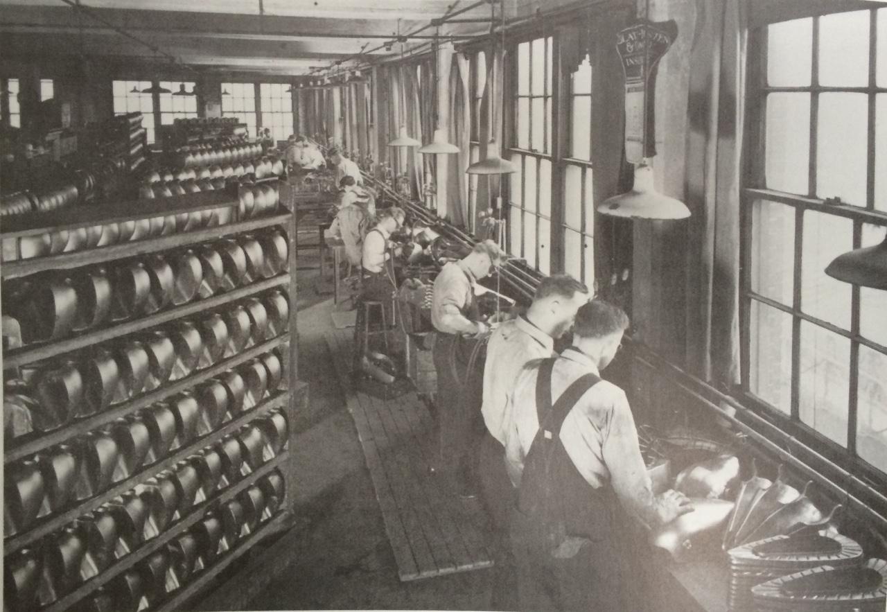 Acabado de depósitos en los años 30
