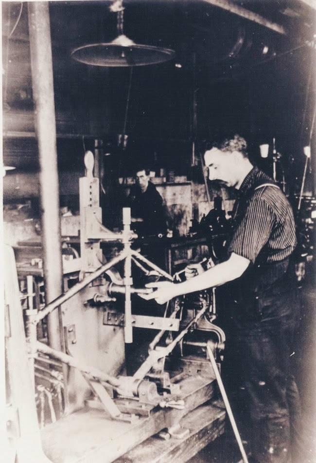 Doblando tubos del bastidor