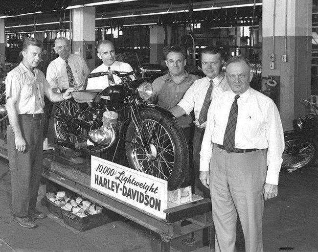 Años 50 - Presentación del modelo Hummer