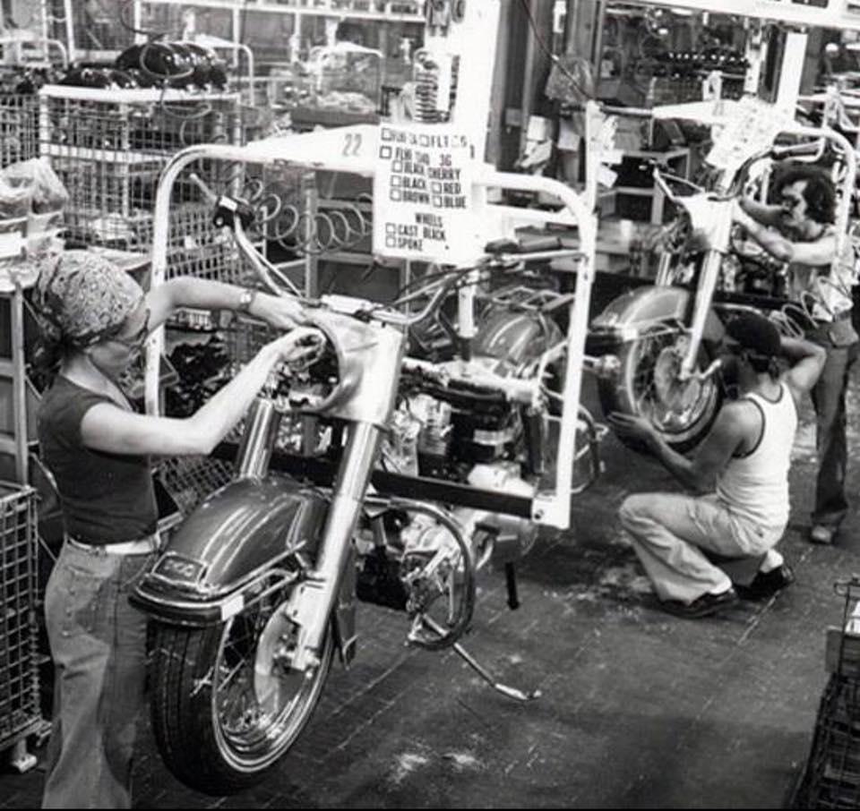 Finales años 70 - línea de montaje
