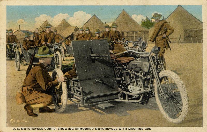 Modelo de 1919 con sidecar y ametralladora