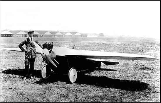 1923 - Avioneta con motor Harley