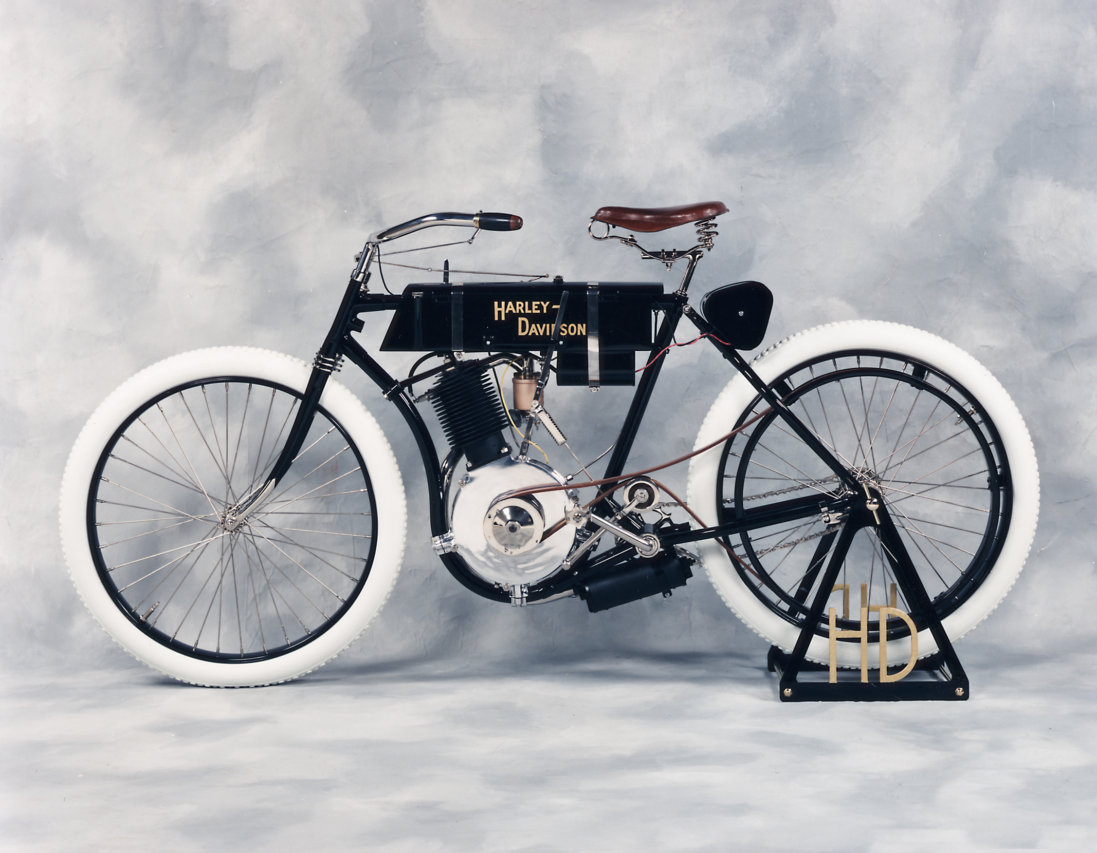 Populaire modelos - Harley Clasica UQ23