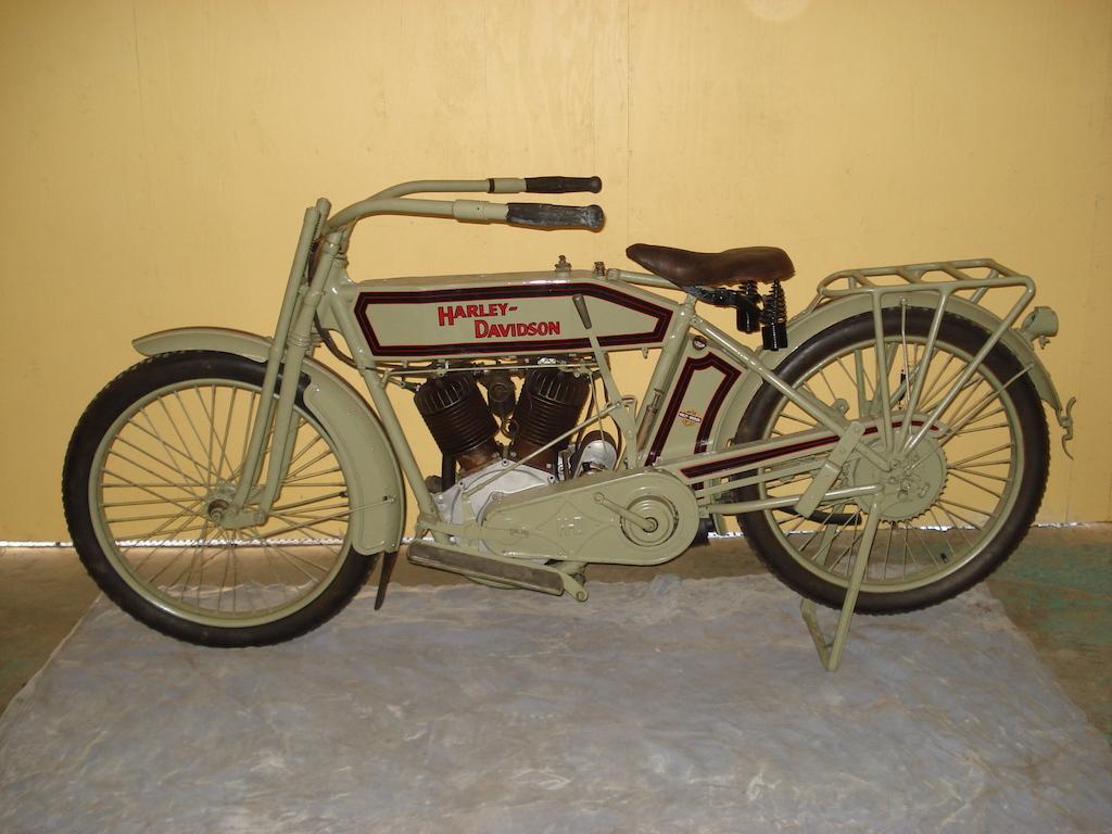1914 - Modelo 10 F