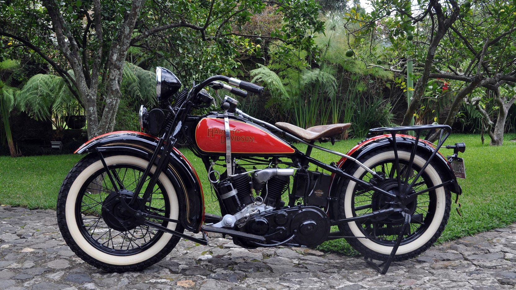 1931 - Modelo DL