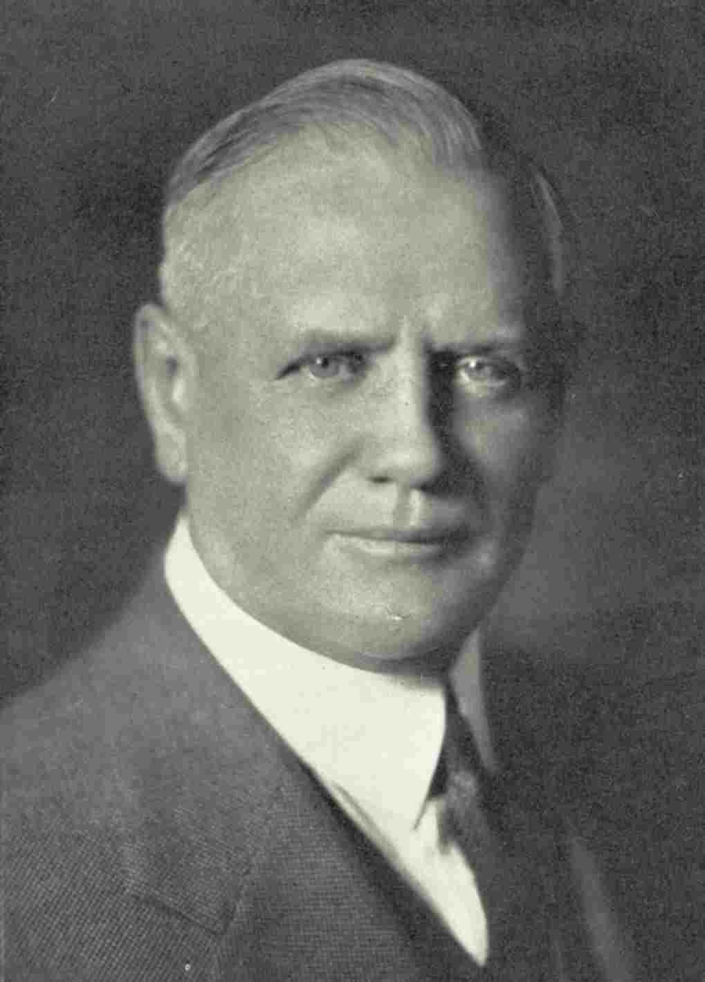 William Davidson (años 30), Vicepresidente