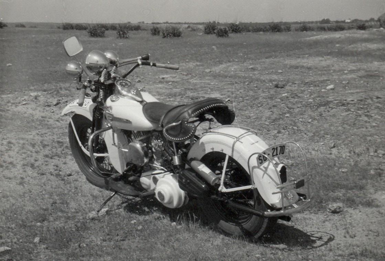 1972 - Harley-Davidson WL45 (vista trasera izda)