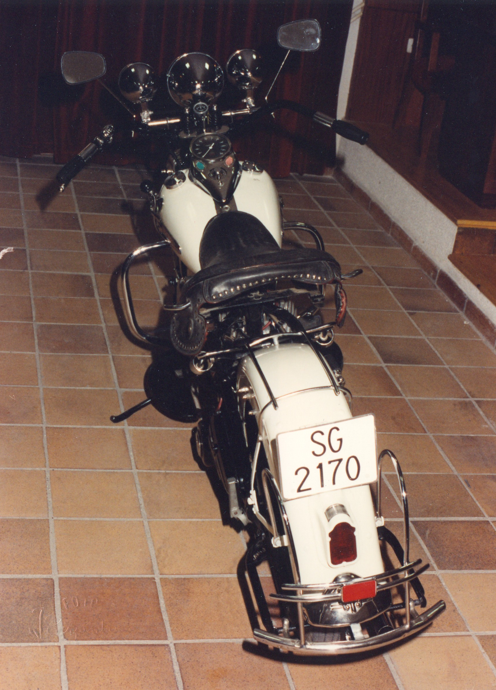 1990 - Harley-Davidson WL45 (Vista trasera)