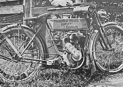 1900s-Waukesha-police-bike