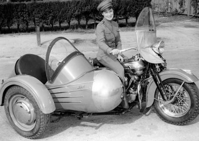 1930s-HD-Knucklehead-Goulding-Rocket-Sidecar