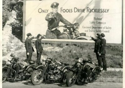 1930s-harley-davidson-policia-only-fools