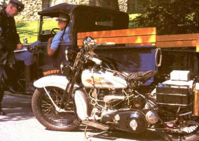 1934-harley-davidson-74-Twin-cop
