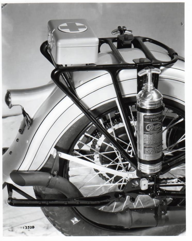1934 - Detalle extintor