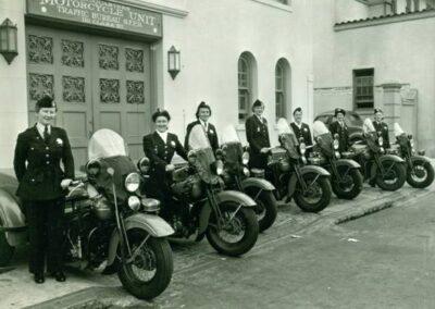 1940s-harley-davidson-San-Francisco-Woman Division