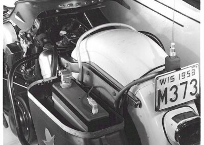 1940s-harley-davidson-detalle-emisora-rear