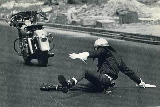 Duo-Glide caída en carretera