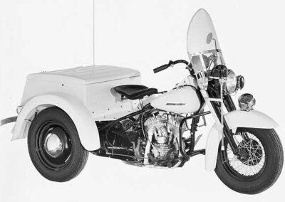 1964-harley-davidson-Servicar-policia