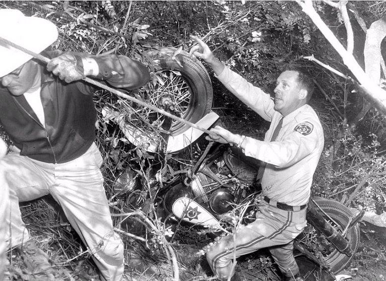 Años 50 - caída en barranco