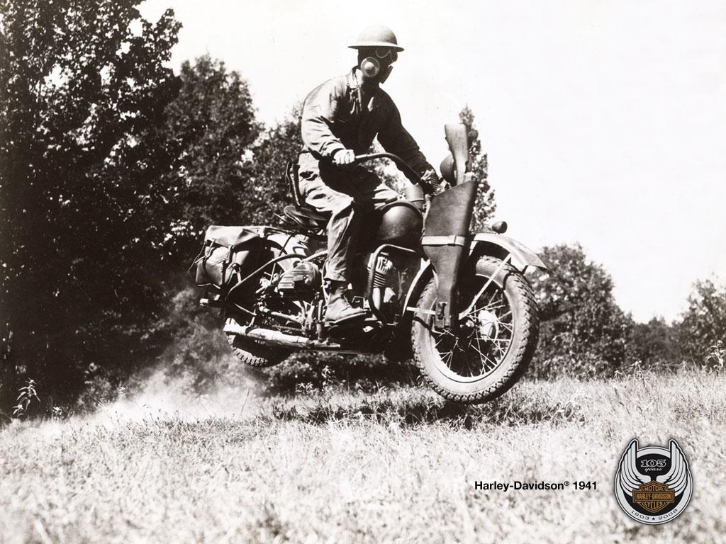 1941 - Entrenamiento en campo maniobras