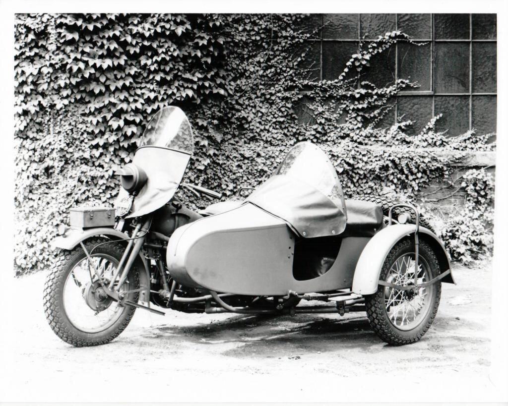 1942 - Modelo ELC - Vista izquierda