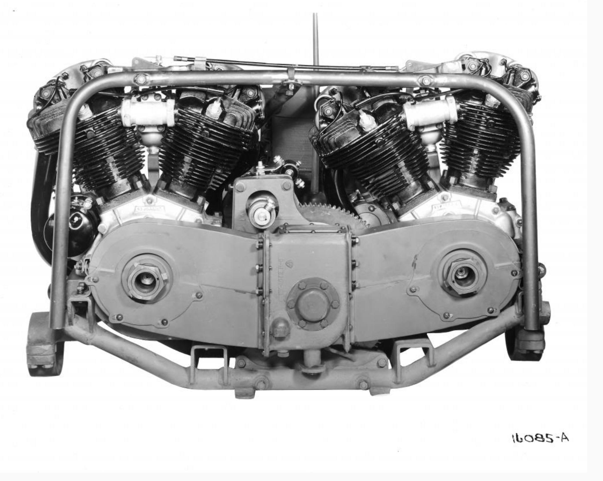 1943 - Doble motor Knucklehead para mini-tank canadiense