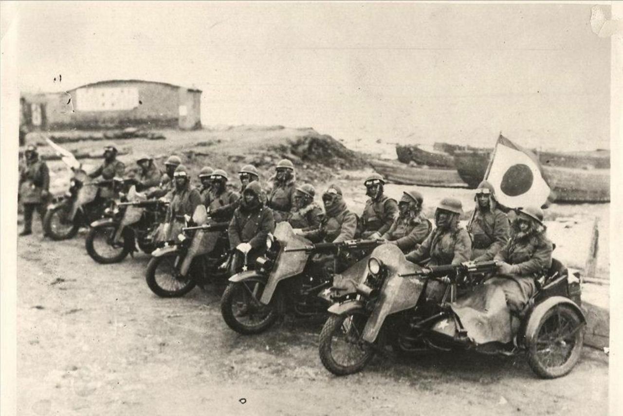 Formación de Harley-Davidson con sidecars