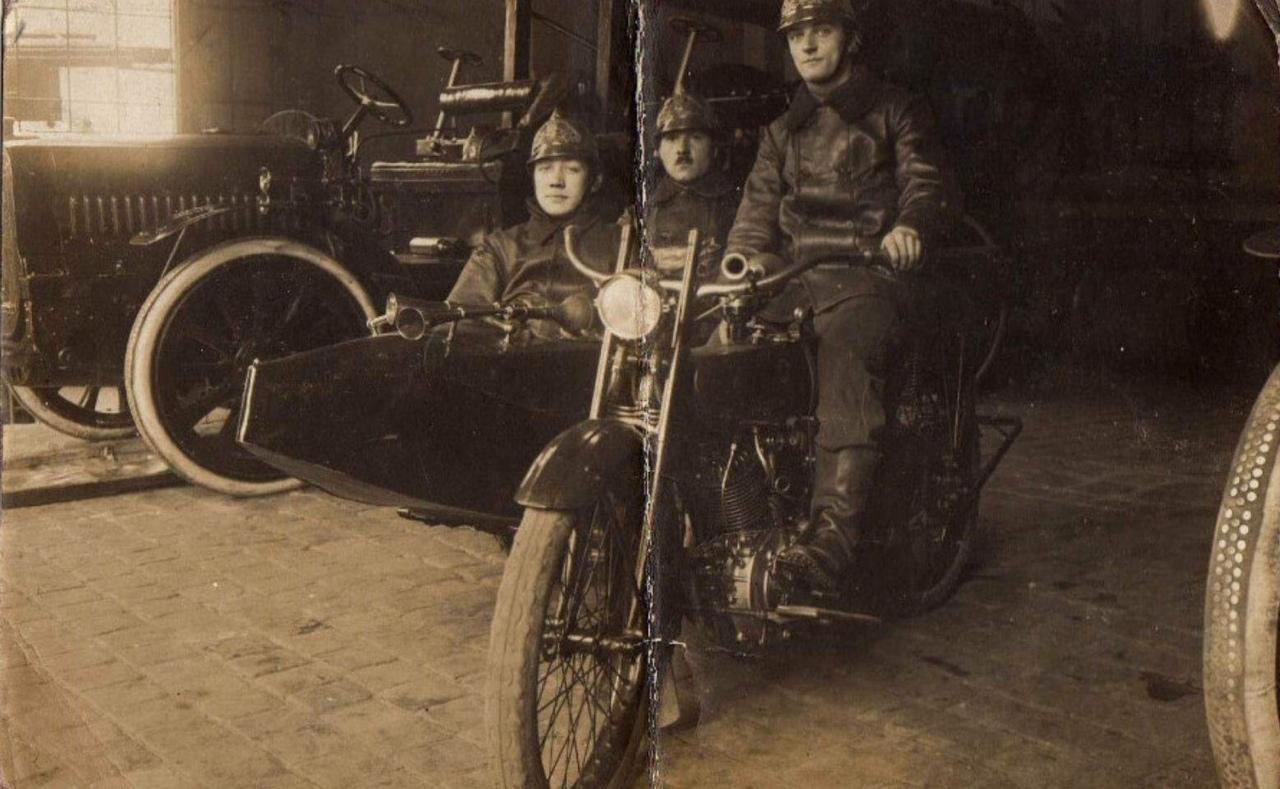 Harley-Davidson para transporte de bomberos - Sidecar