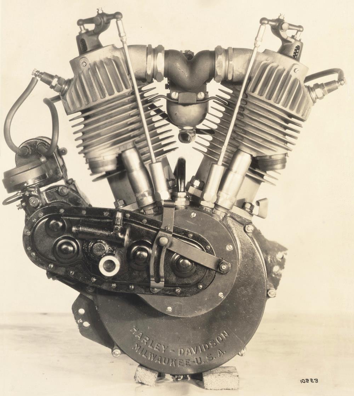 Motor F-Head - Vista lado derecho