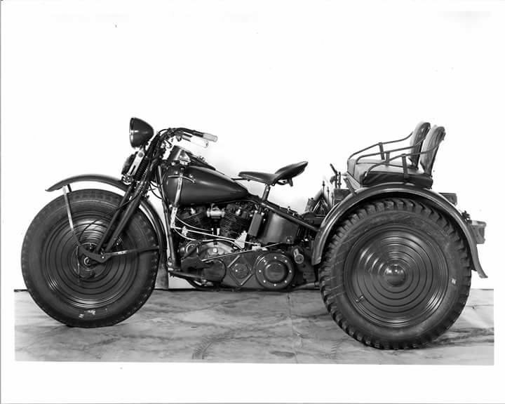 Harley-Davidson TA - Vista lado izquierdo
