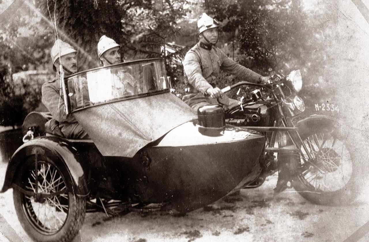 Bomberos de Portugal en Harley-Davidson con sidecar - 1936