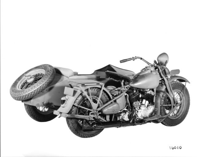1944 - Modelo U con sidecar