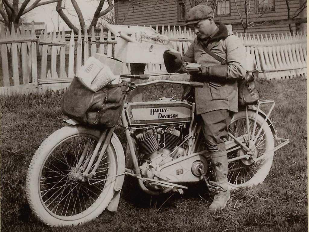 Servicio de correos - Harley-Davidson V-Twin