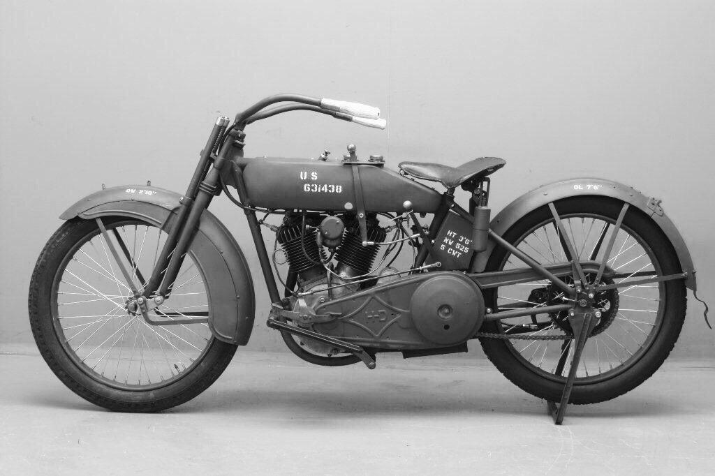 Modelo 16J de 1916 izquierda