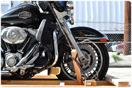Harley-Davidson anclada