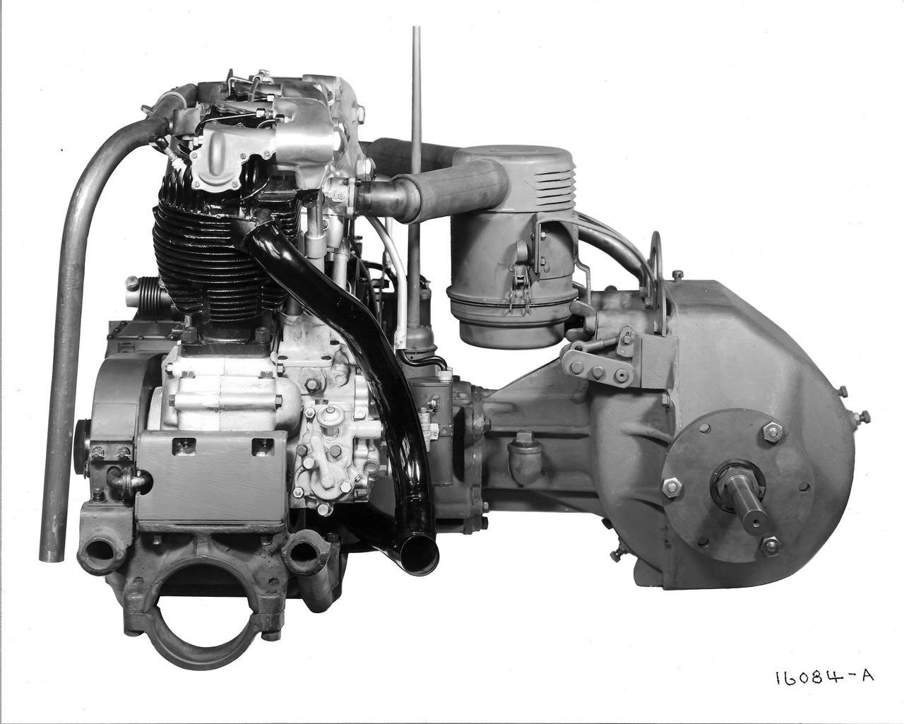 Otra vista del motor del Mini-Tank