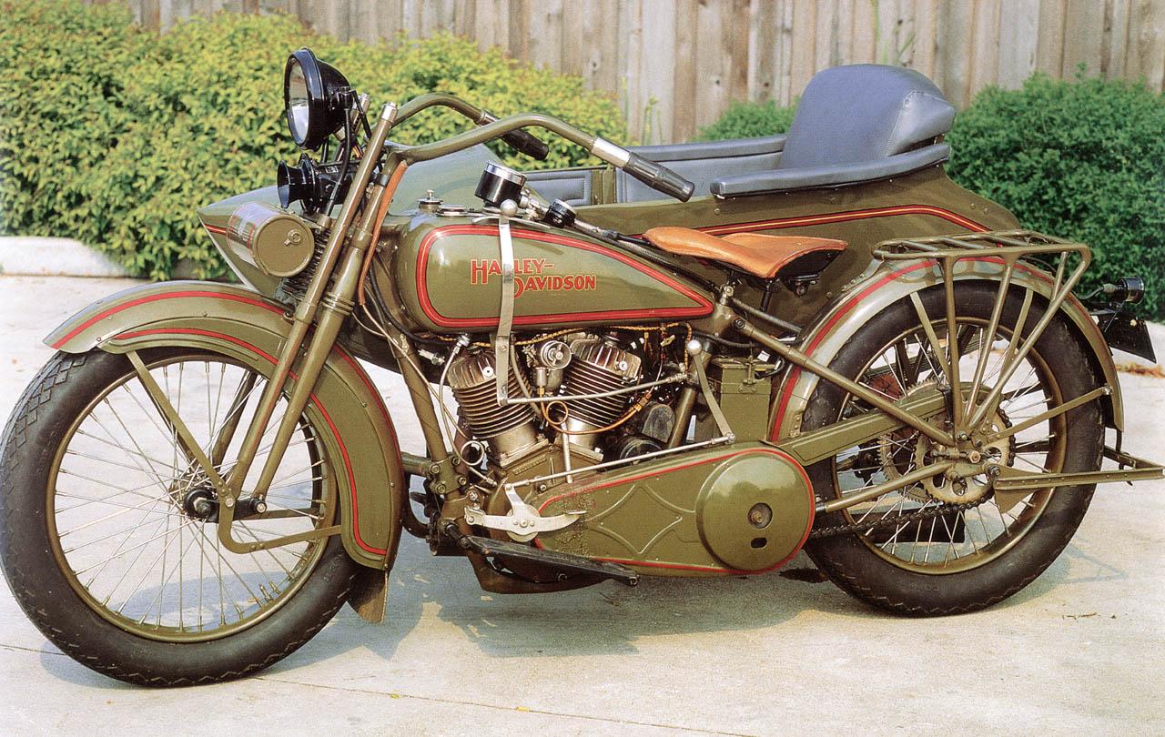 Modelo JDS con sidecar de 1925