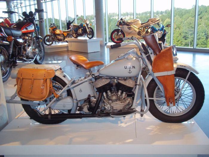 Modelo UA de 1943