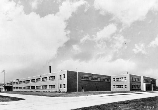 Nueva planta en Capitol Drive - 1947