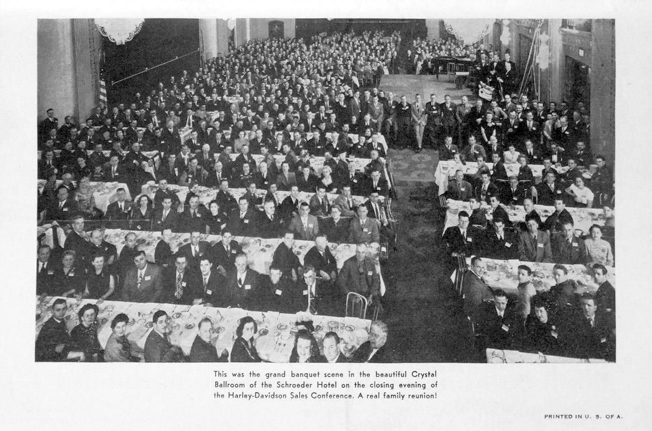Convención de vendedores en el hotel Schroeder de Milwaukee
