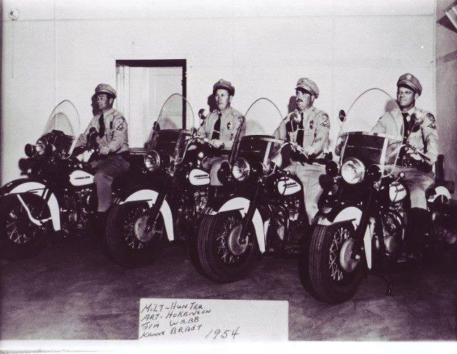 Agentes de policia - 1954