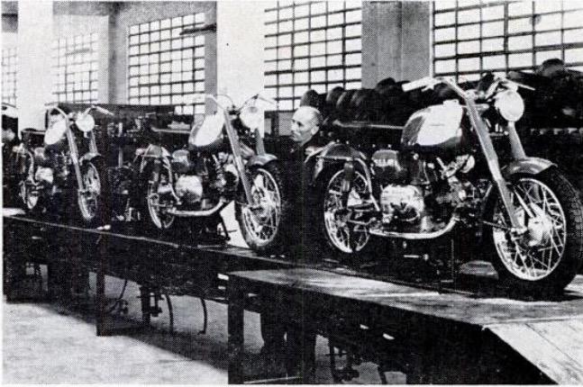 Linea de montaje en fábrica de Varese (Italia)