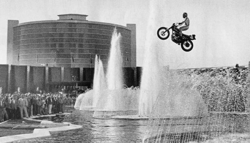 Salto de Evel Knievel en 1967