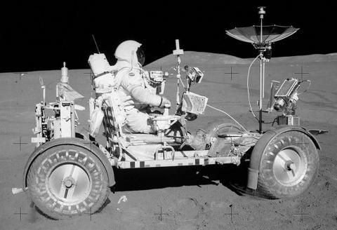 Primer Rover lunar