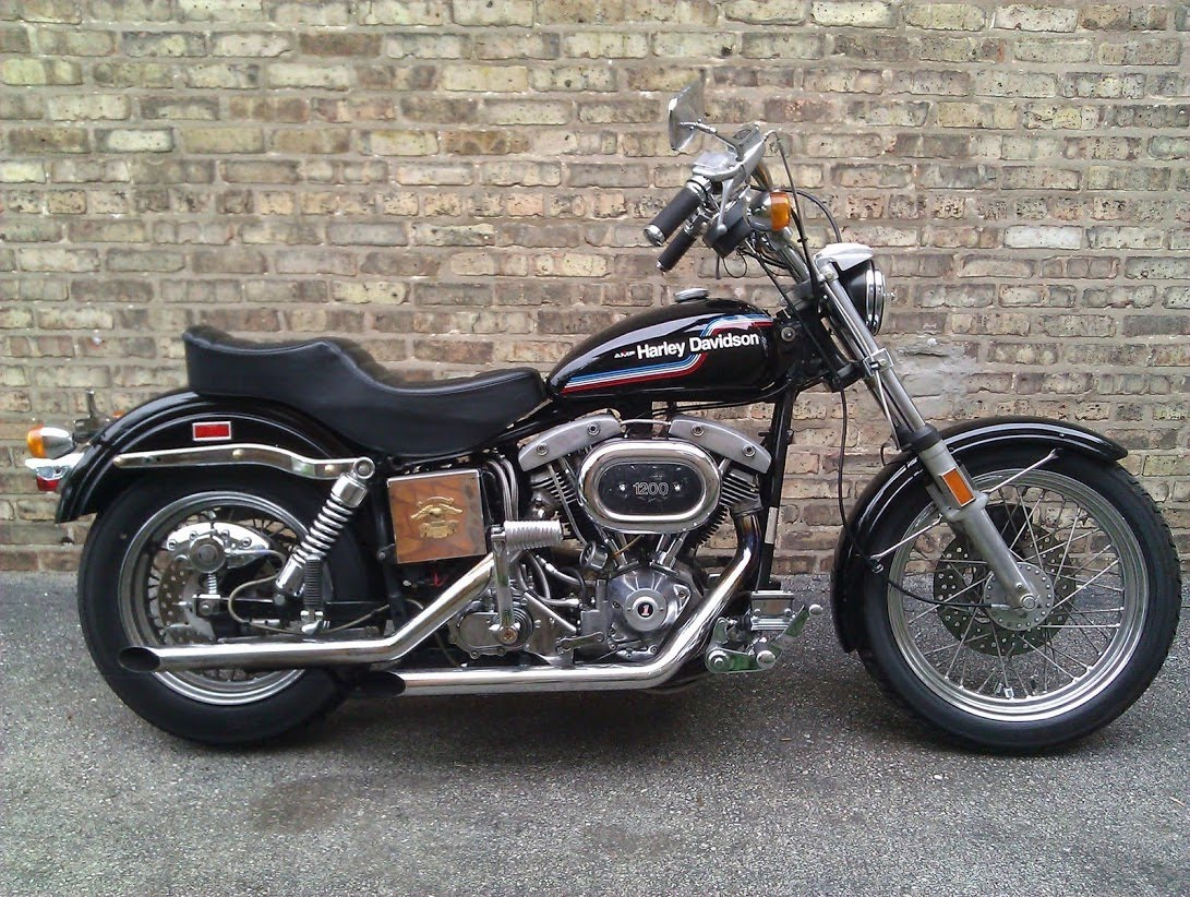 Modelo FXE Superglide de 1974