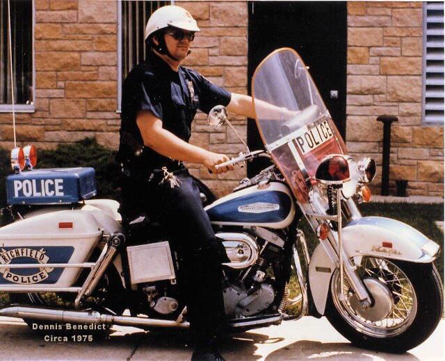 1975 - Dennis