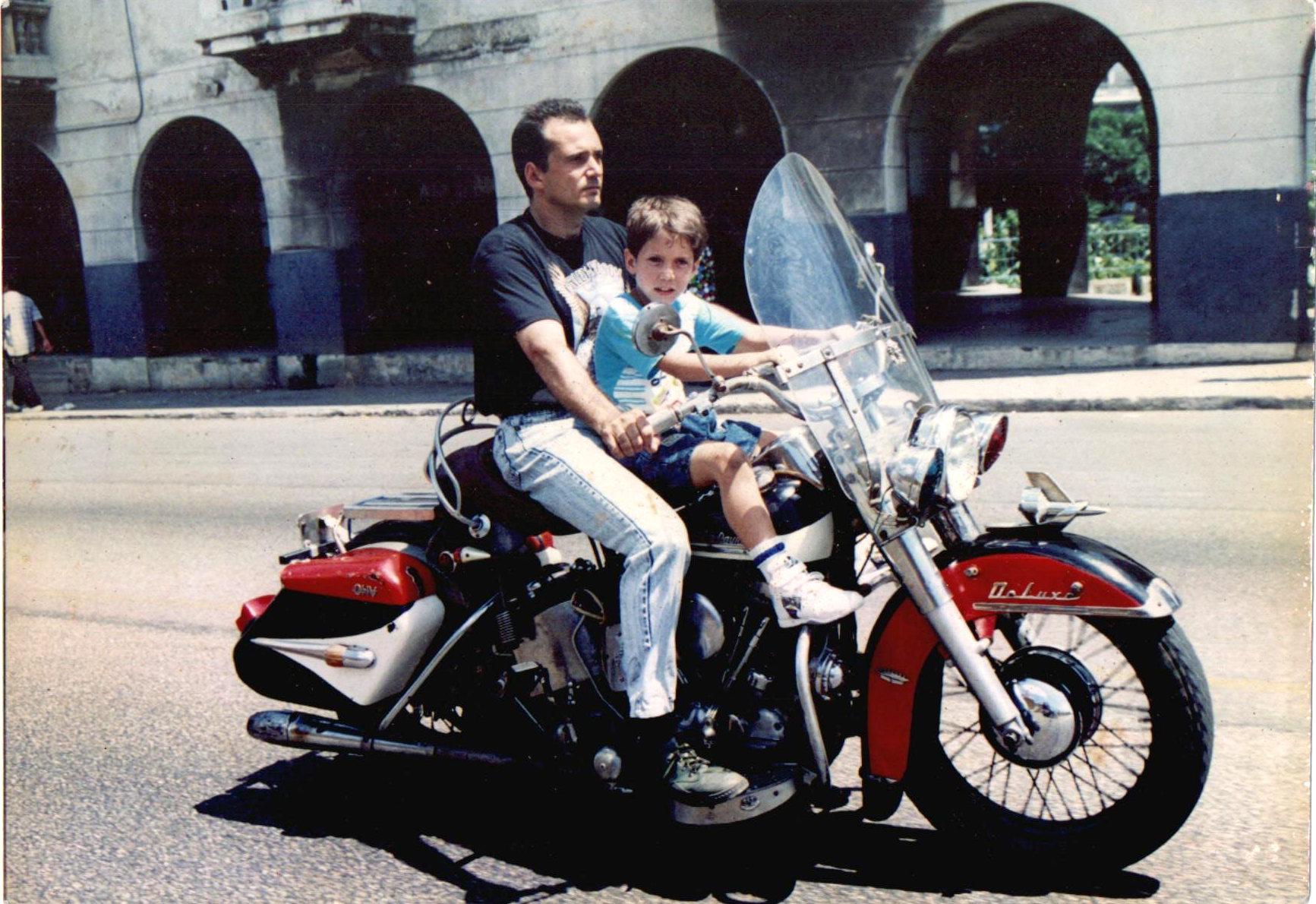 Harley Davidson FLH74 de 1951