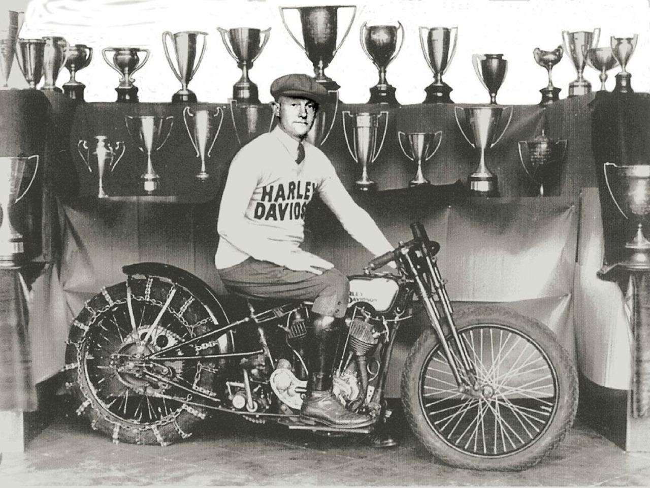 Dudley Perkins ganó numerosas competiciones